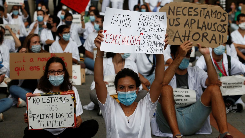 Más de 263.000 trabajadores de educación y sanidad están en paro en plena pandemia