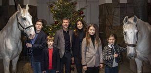 Post de El original vídeo navideño de Federico, Mary y sus hijos... en un establo