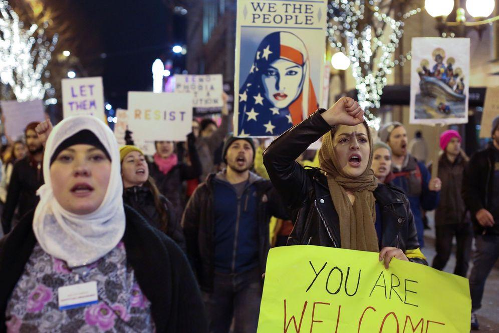Foto: Manifestación en el centro de Seattle para protestar contra la orden ejecutiva de Donald Trump, el 29 de enero de 2017 (Reuters).