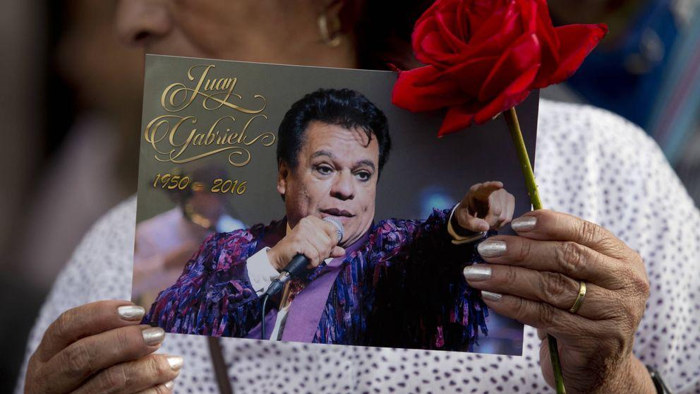 Esperando el cuerpo de Juan Gabriel: en México ignoran qué es de sus restos