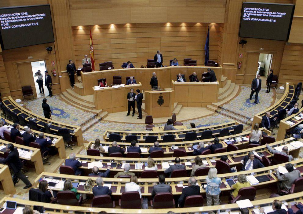 Foto: Una de las medidas que se votarán en asamblea está centrada en la supresión de instituciones 'obsoletas' como el Senado. (EFE)