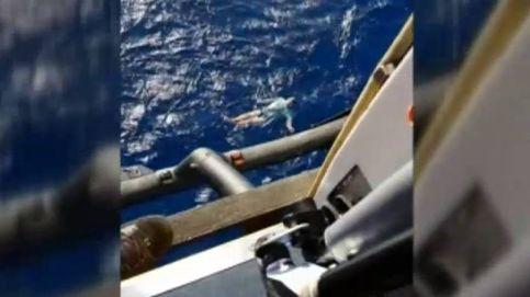 La ingeniosa forma de salvar la vida de un alemán que cayó en alta mar en Nueva Zelanda
