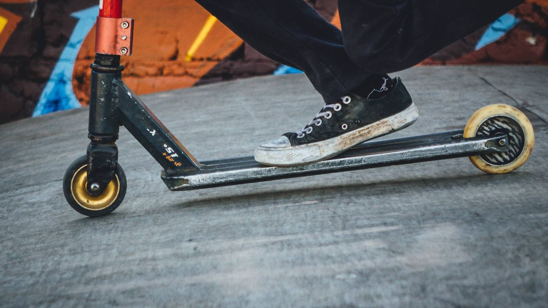 Si tienes este patinete eléctrico de Decathlon, repáralo: la OCU avisa de riesgo de caída
