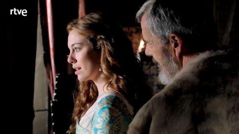Las primeras imágenes de Blanca Suárez y Álvaro Cervantes en 'Carlos'