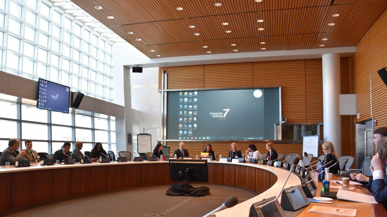 Reunión en la sede de Ciadi. (EFE)