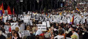 Un cargo institucional del PSOE está detrás de la web de apoyo a Garzón