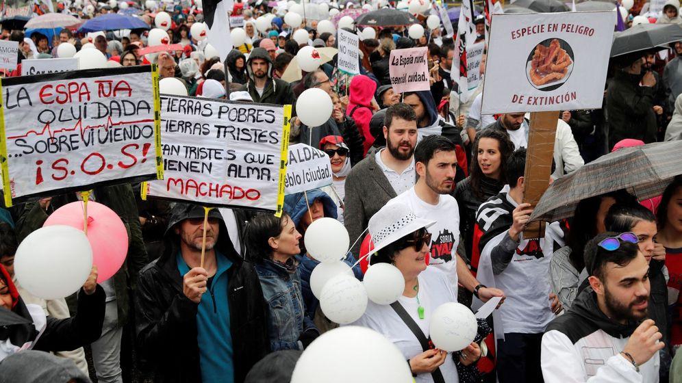 Foto: Manifestación en Madrid de la 'España vaciada', el pasado mes de marzo. (EFE)