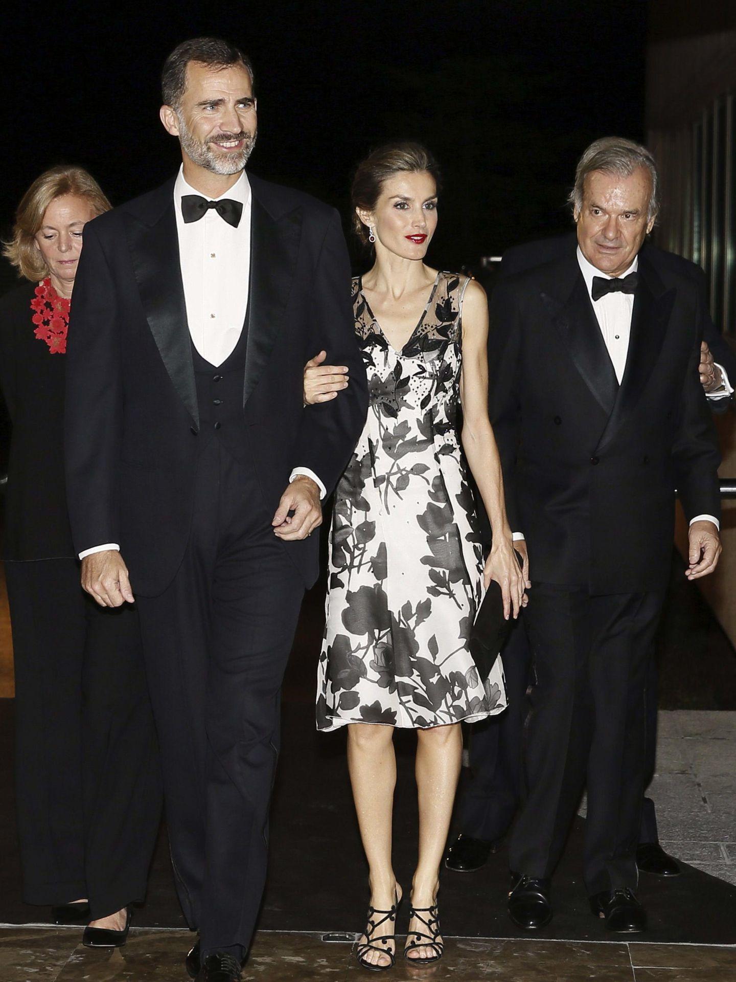 Los reyes Felipe y Letizia, en la entrega de premios de 2014. (EFE)