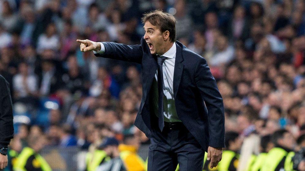 Es el primer Clásico para Lopetegui como entrenador del Real Madrid y puede  ser el último porque las oportunidades y la paciencia de Florentino Pérez  se ... a48521e59f1