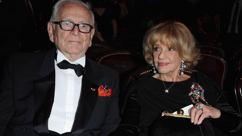 El diseñador y la actriz, en los Premios Cesar de 2008. (Getty)