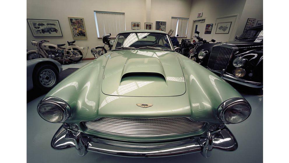 En el taller de Paul Russell, el mago de la restauración de coches