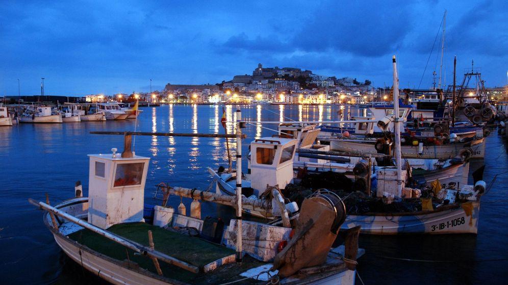 Foto: Ibiza. Vista desde el puerto pesquero