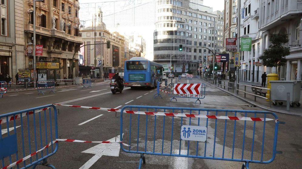 Foto: Cortes de tráfico en el centro de Madrid en Navidades.