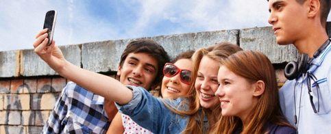 """Foto: """"Drffsrsfs"""", los adolescentes de hoy comienzan a enviar mensajes… dormidos"""