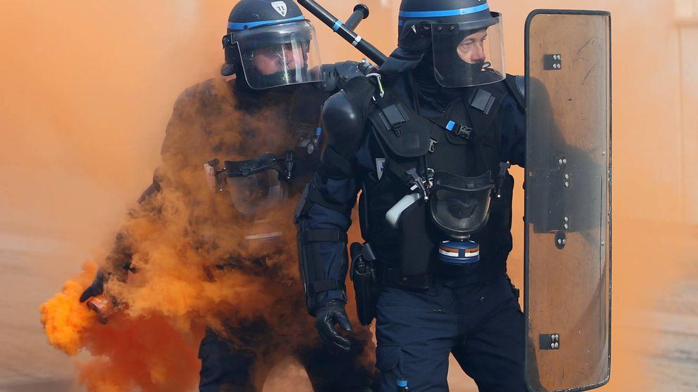 Víctimas de asesinatos, agresiones y suicidios: así es ser policía en Francia