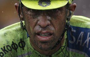 Drama y épica en el embarrado adoquín del Tour de Francia