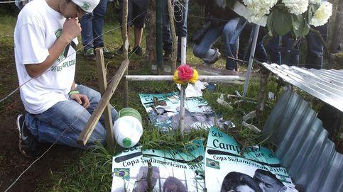 Supervivientes de Chapecoense visitan el lugar en el que volvieron a nacer