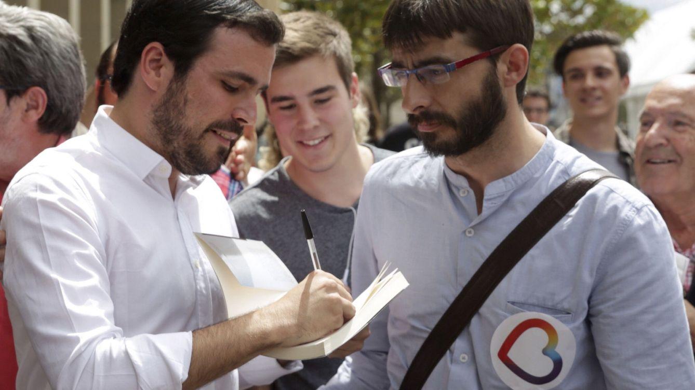 Las lecturas veraniegas en Unidos Podemos: de Stalin al libro que agita a la izquierda