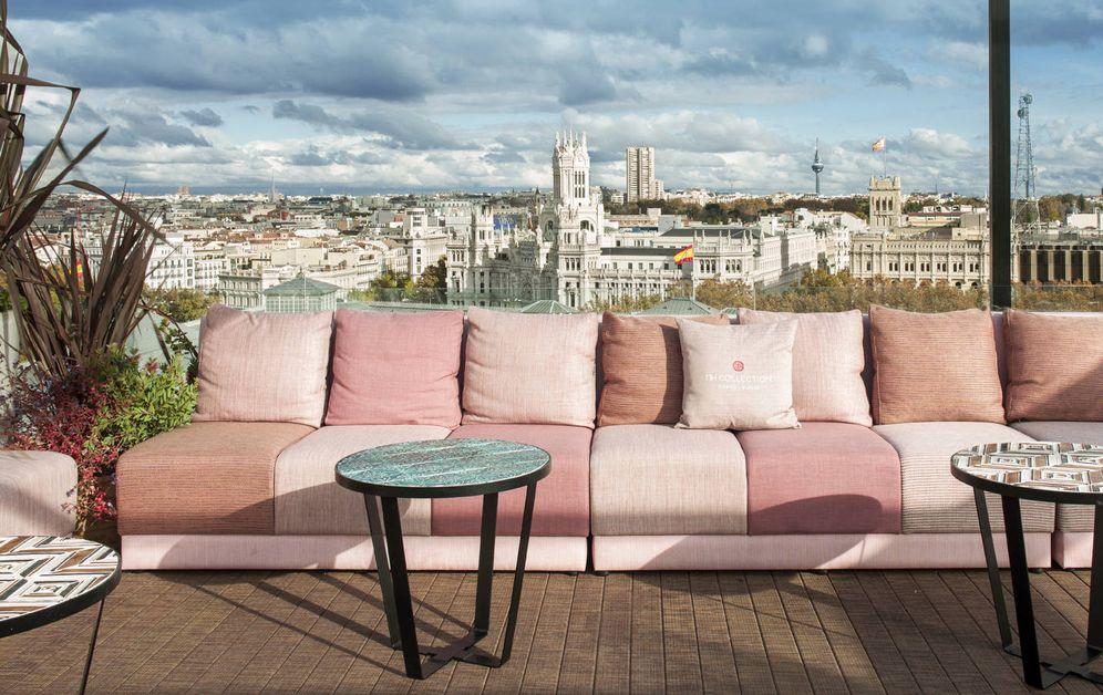 Foto: Una terraza con vistas. Para disfrutar del cielo de la capital en clave deco. (Foto: NH Collection Madrid Suecia)
