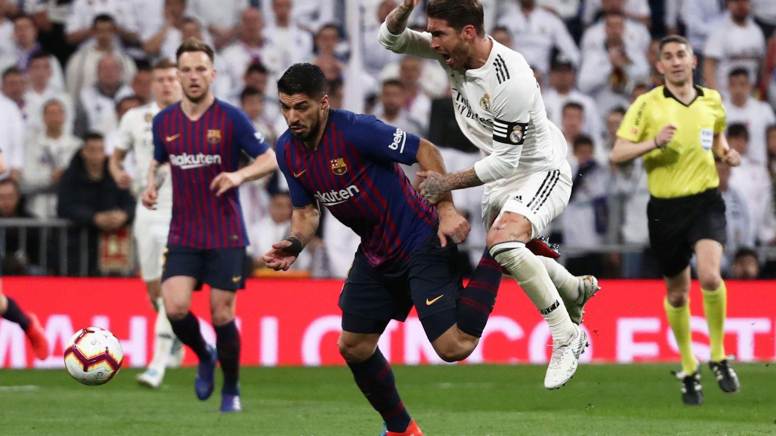 Foto: Ramos y Suárez en un partido de la liga pasada. (REUTERS)
