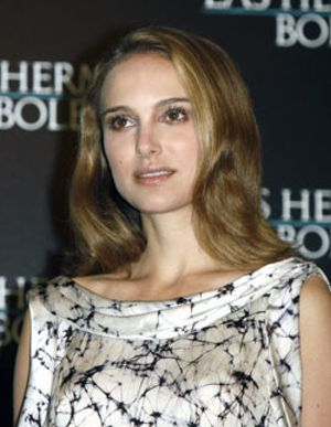 Natalie Portman presenta en Madrid junto a Eric Bana 'Las hermanas Bolena'