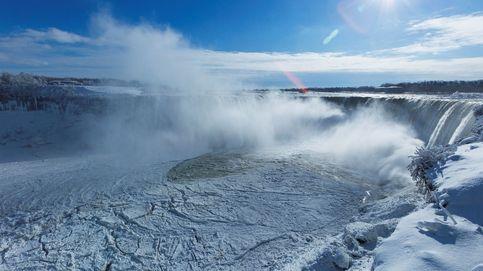 Hasta las cataratas se congelan: así vive EEUU su invierno más duro en décadas