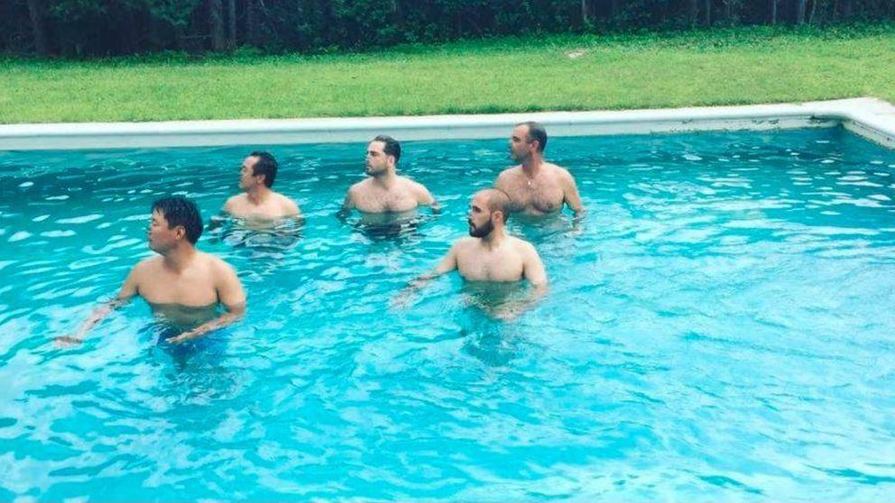 El talento oculto de Bustamante junto a sus amigos en la piscina