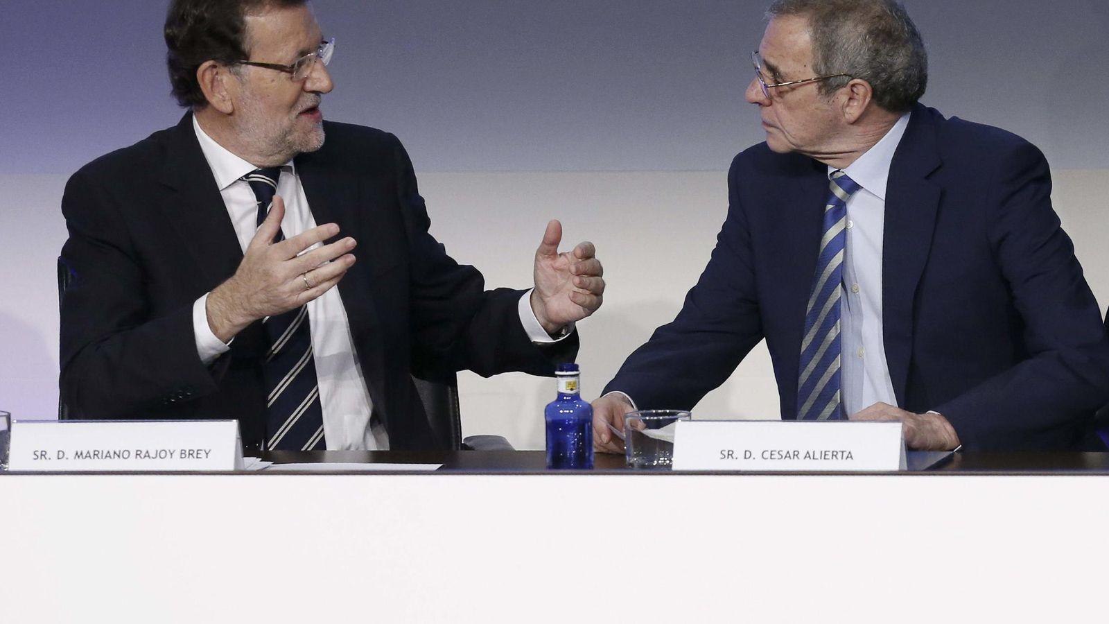 Foto: Alierta, con el presidente del Gobierno en funciones, Mariano Rajoy. (EFE)