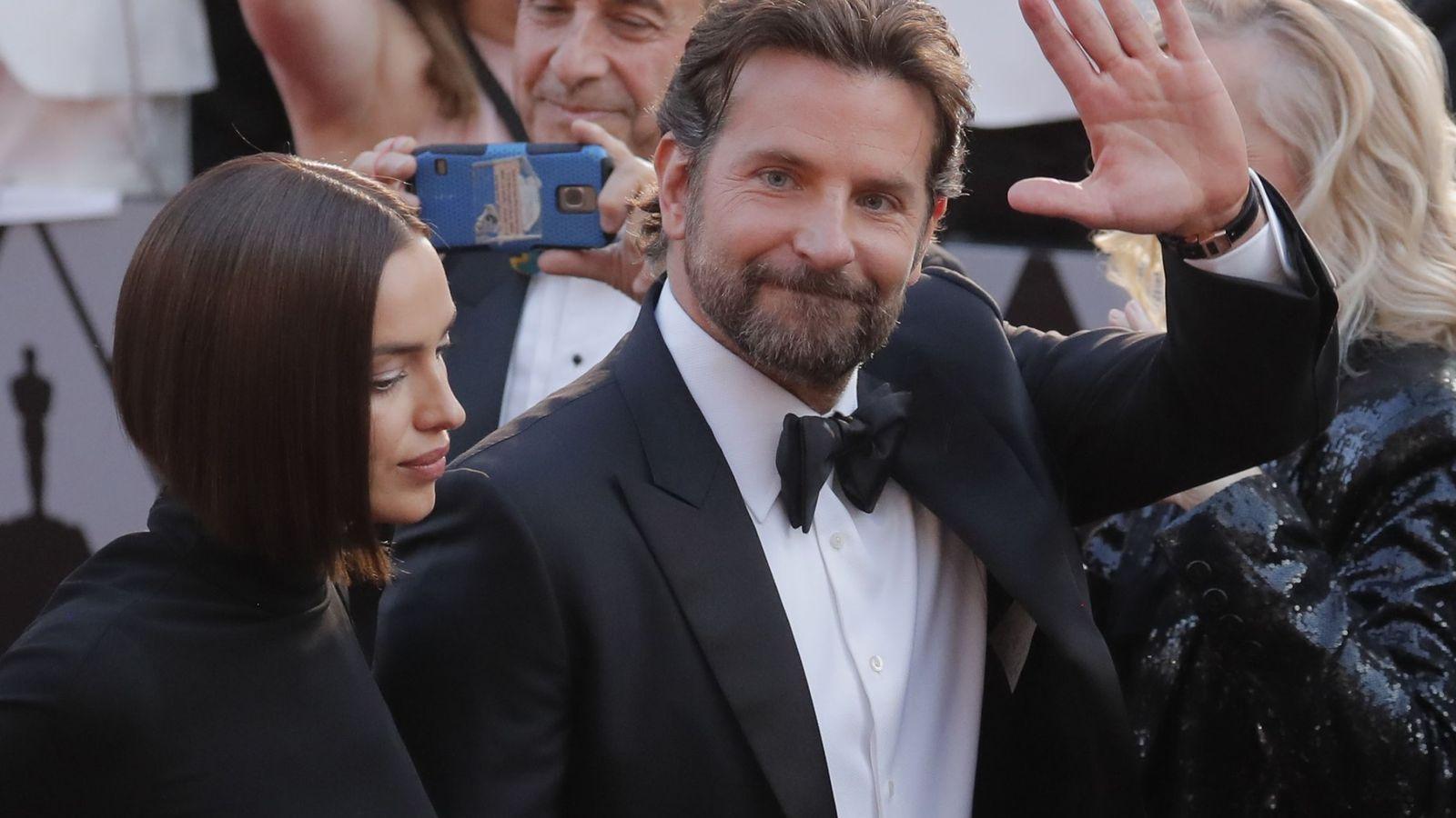 Foto: Bradley Cooper e Irina Shayk en los pasados Oscar. (Reuters)