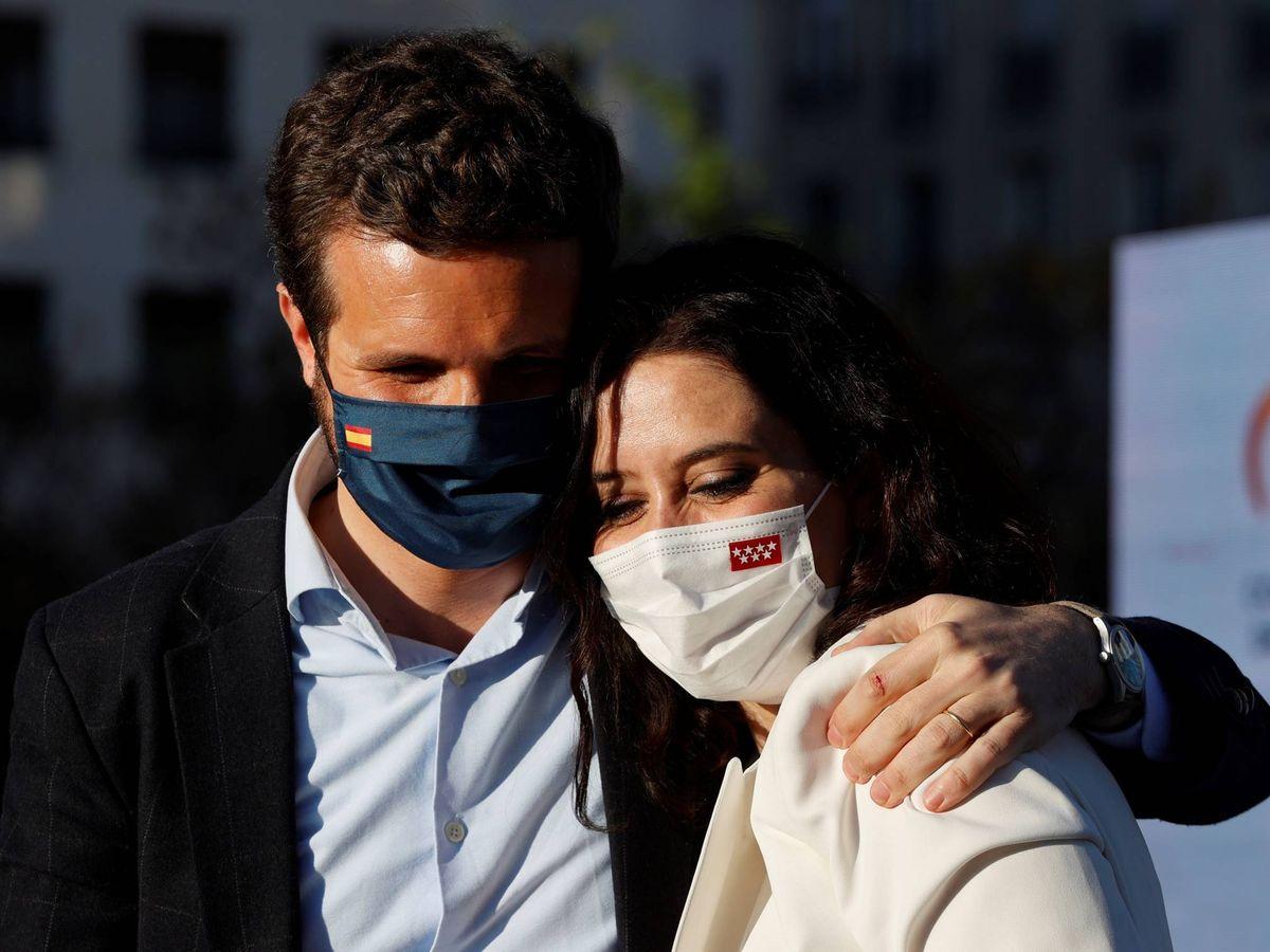Foto: Pablo Casado e Isabel Díaz Ayuso. (EFE)