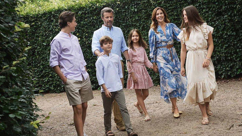 Federico y Mary de Dinamarca, junto a sus hijos. (Instagram @detdanskekongehus)