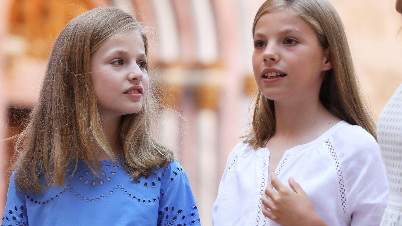 Leonor y Sofía, dos hermanas cómplices. (EFE)