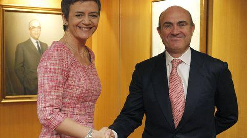 Guindos firma la paz con la comisaria europea por los créditos fiscales a la banca