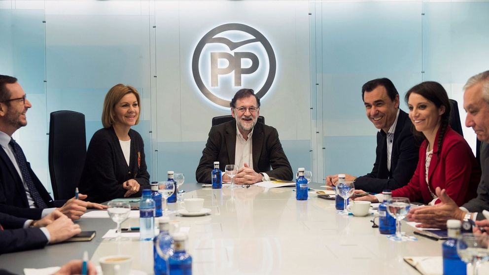 Rajoy tranquiliza al PP con Presupuestos y se da un mes para convencer al PNV