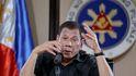 Duterte ordena asesinar a todo el que se salte la cuarentena: Disparen a matar
