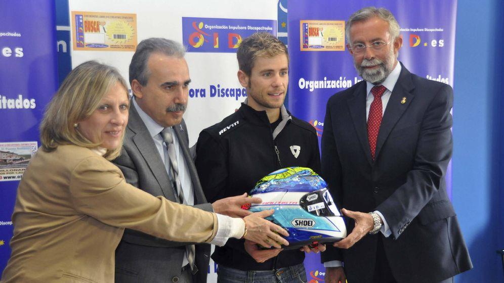 Foto: La OID patrocinó al motociclista talaverano de MotoGP, Álvaro Bautista. (EFE)