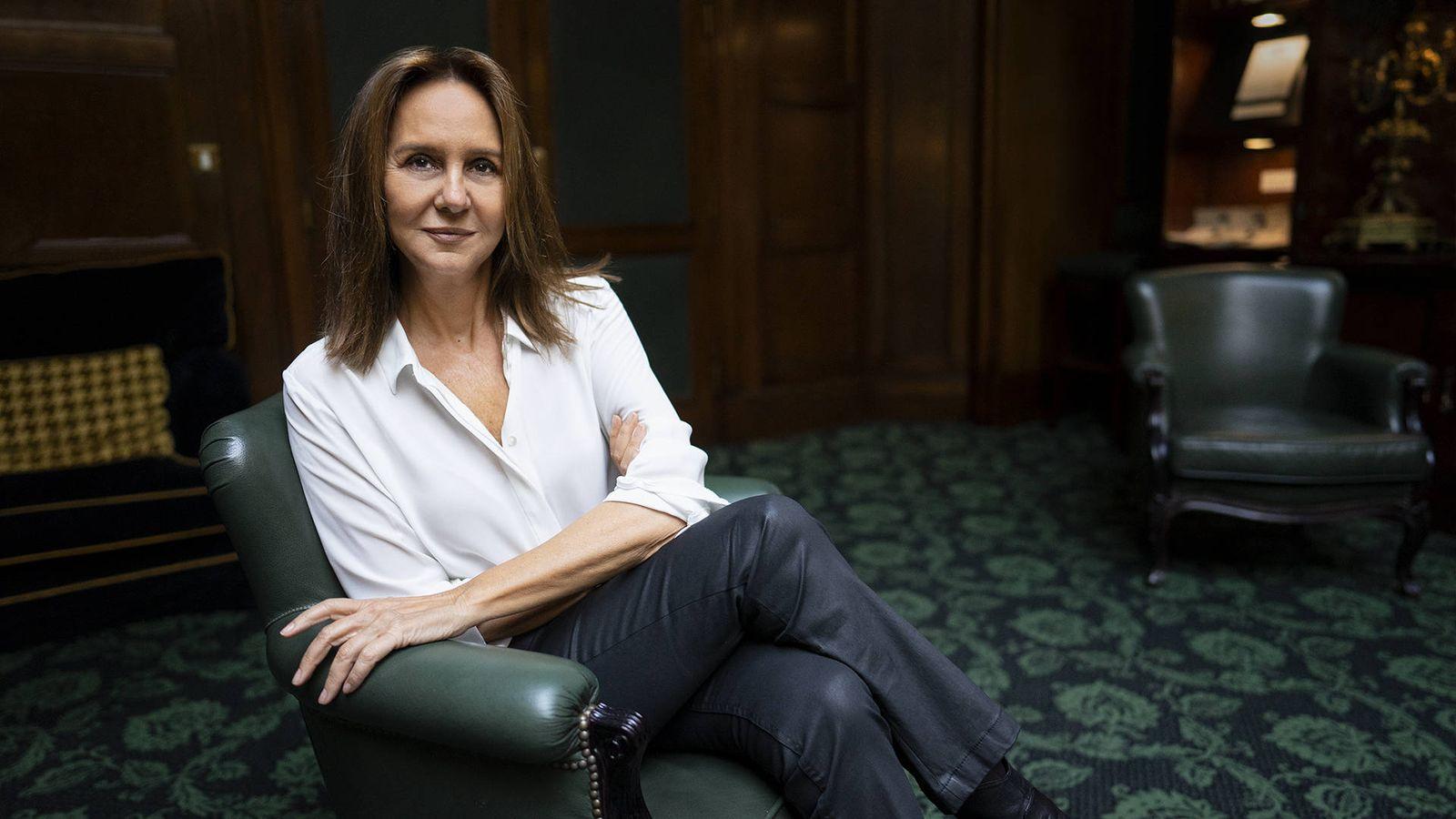 María Dueñas: «Madres con ambiciones más allá de hacer papillas ha habido siempre»