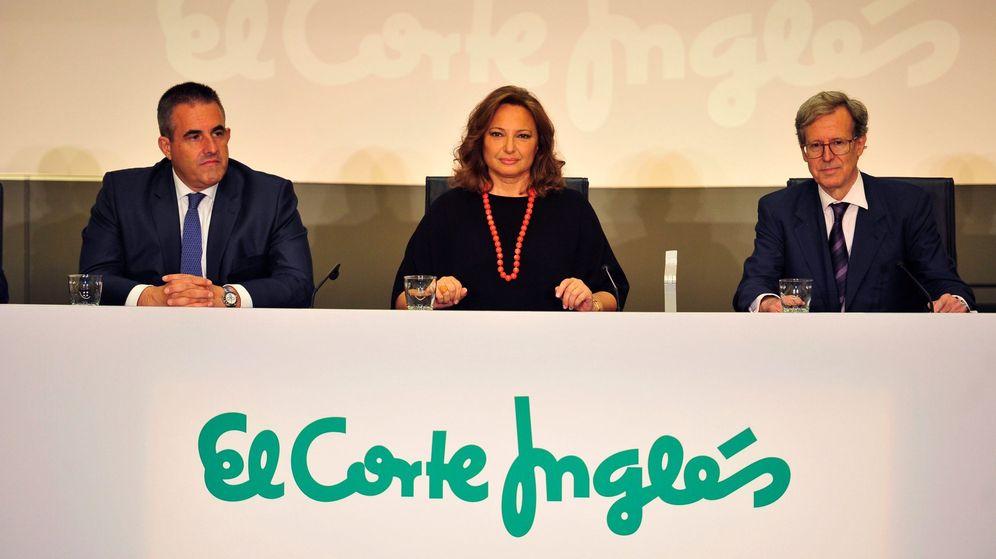 Foto:  La presidenta de El Corte Inglés, Marta Álvarez  al secretario del Consejo de Administración, Antonio Hernández-Gil (efe)