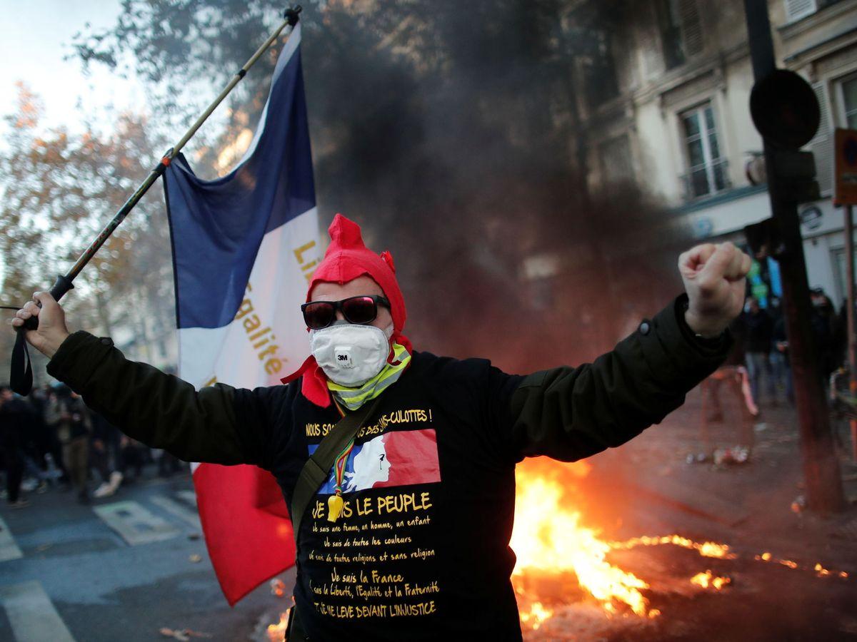 Foto: Protestas en París contra la ley de seguridad. (Reuters)