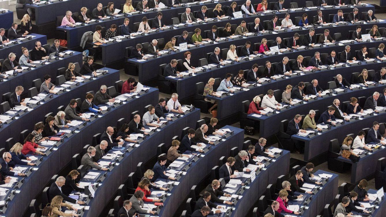 Mato, Fraga, Verstrynge… Enchufes y amiguismo en los asistentes de Bruselas