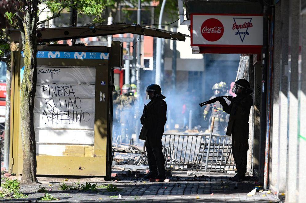 Foto: La policía chilena toma las calles para evitar disturbios. (Diego Ibacache/Efe)