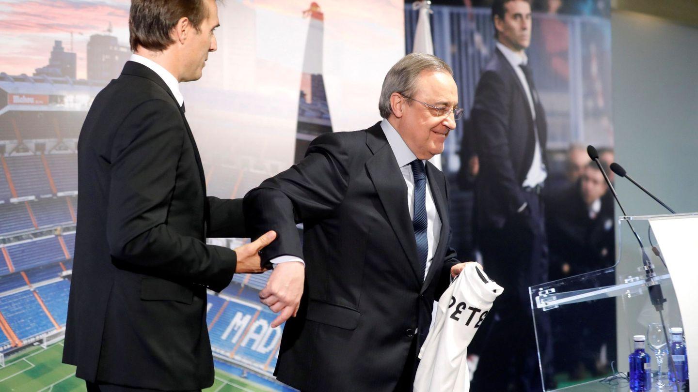 Julen Lopetegui y Florentino Pérez, durante la presentación del técnico en el Bernabéu. (EFE)