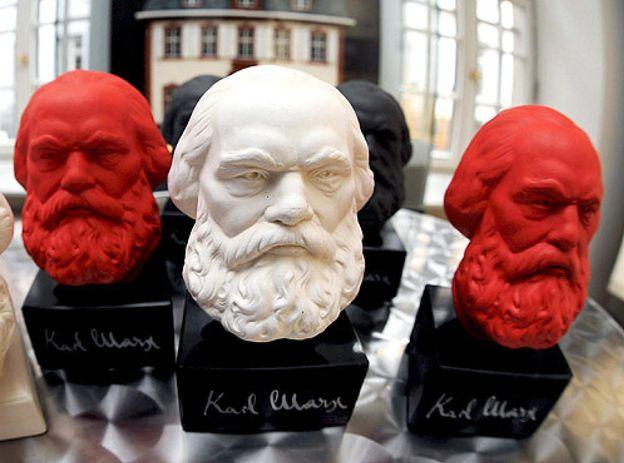 Foto: Salen a la luz los testamentos de Marx, Darwin o Dickens