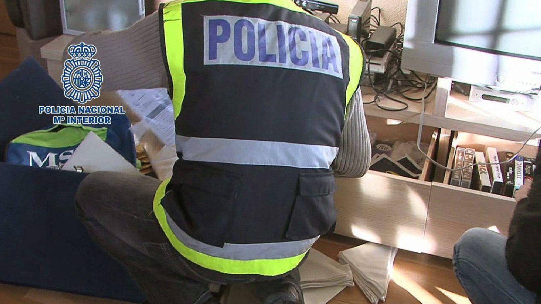 La Policía detiene a 'los timadores inmobiliarios' que estafaban por Internet