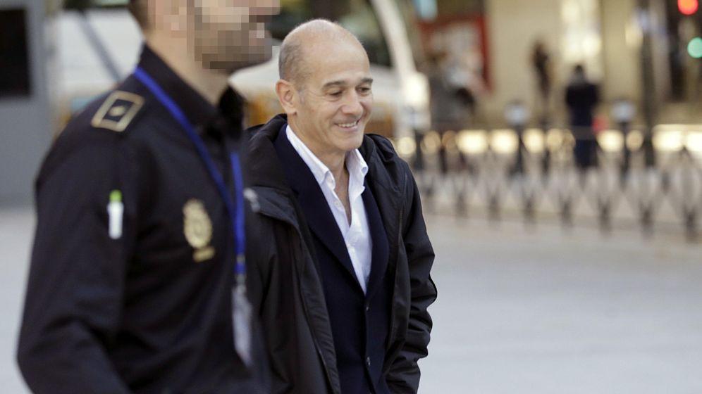 Foto: Pere Pujol Ferrusola, a su llegada a la Audiencia Nacional. (EFE)