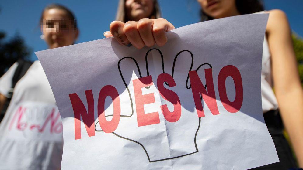 Foto: Protestas tras la condena a La Manada. (EFE)