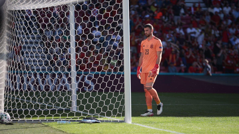 Unai Simón, tras el fallo del 1-0. (Reuters)