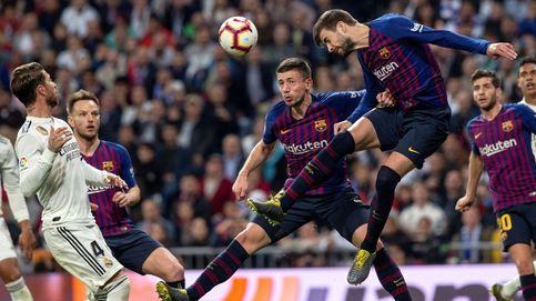 El feo gesto de 'habláis demasiado' de Piqué al Bernabéu
