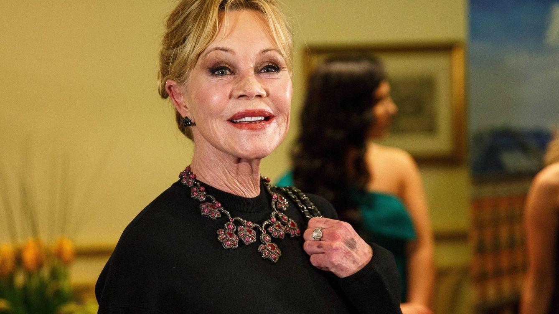 Melanie Griffith, operada de cáncer en la nariz, reaparece irreconocible en Viena