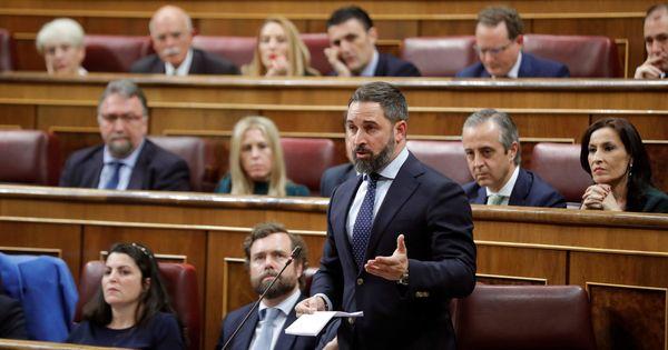 Abascal acusa al PSOE de poner la granada a los menores para incitar al odio contra Vox